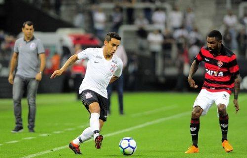 c19e6f7be729e O rubro-negro baiano sofreu goleada de 3×1 do Corinthians